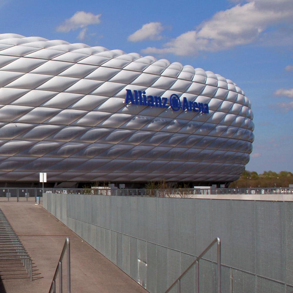 Allianz Arena München - FC Bayern Fußballstadtion - Bundesliga Stadion